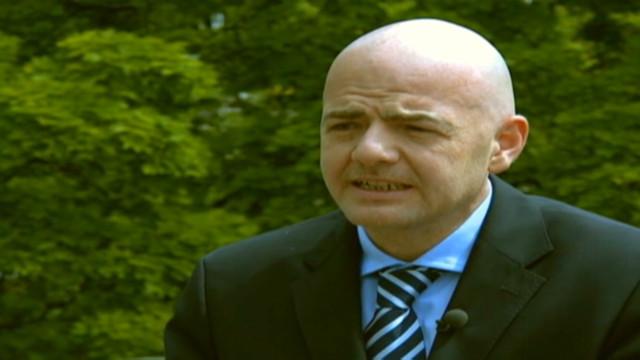 pinto gianni infantino uefa euro 2012_00000216
