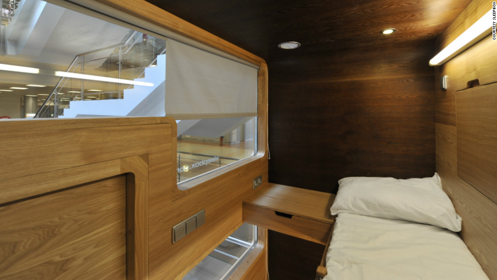 It contains a maximum of three beds, bedside tables, electrical outlets and reading lamps, and can be equipped with a television and alarm clock. Its designers recommend a usage charge of $15 an hour.
