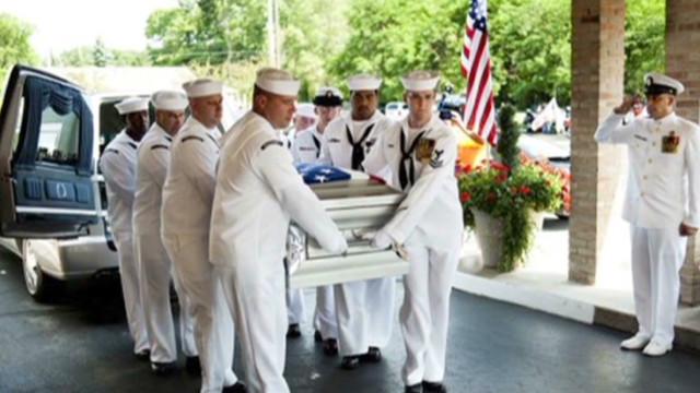 Craigslist ad seeks Navy pallbearers