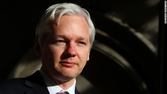 Police seek Assange after asylum claim