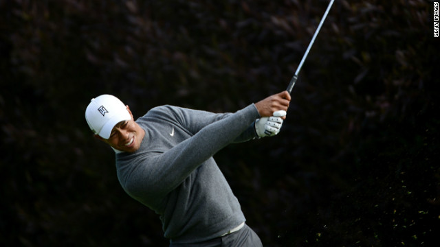 Tiger Stalks Lead at U.S. Open