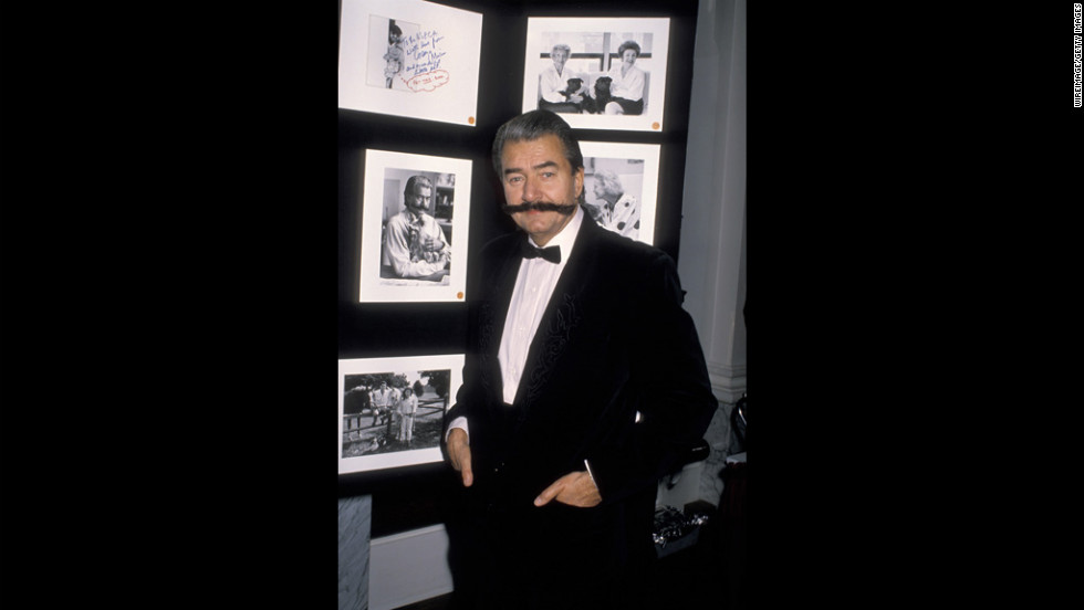 Neiman during the American Society for the Prevention of Cruelty to Animals photography exhibition on December 1, 1998, at Equitable Towers in New York.