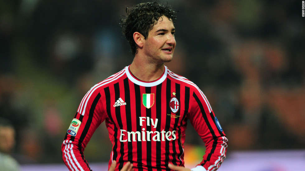 AC Milan's Brazil international forward Alexandre Pato has been negotiating with Corinthians over a return to his homeland as he seeks to revive his career ahead of the 2014 World Cup.