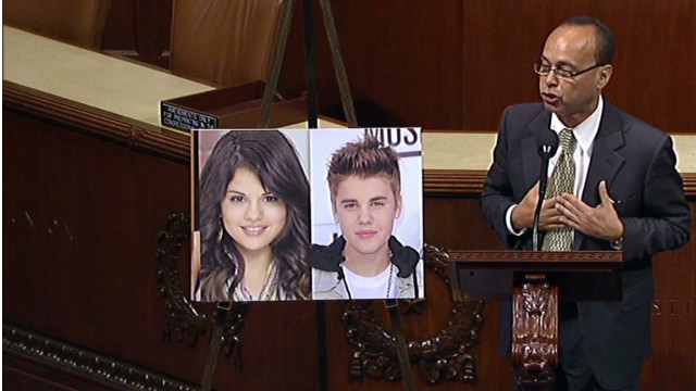 Lawmaker to Bieber: Remember your papers