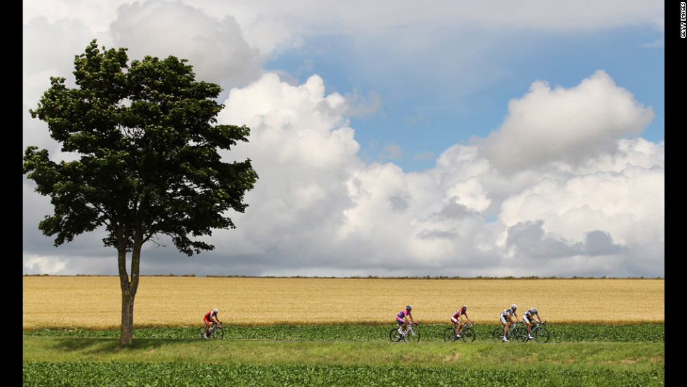 Riders make their way back to the peloton during Stage 6 on Friday.