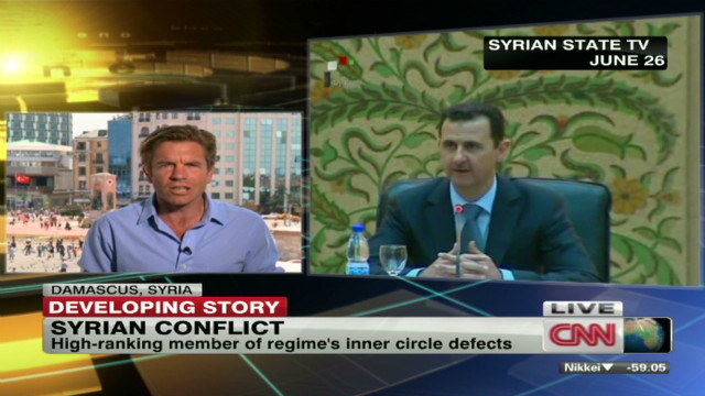 Leading Syrian general defects