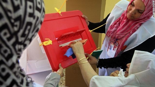 Libyans vote in landmark election