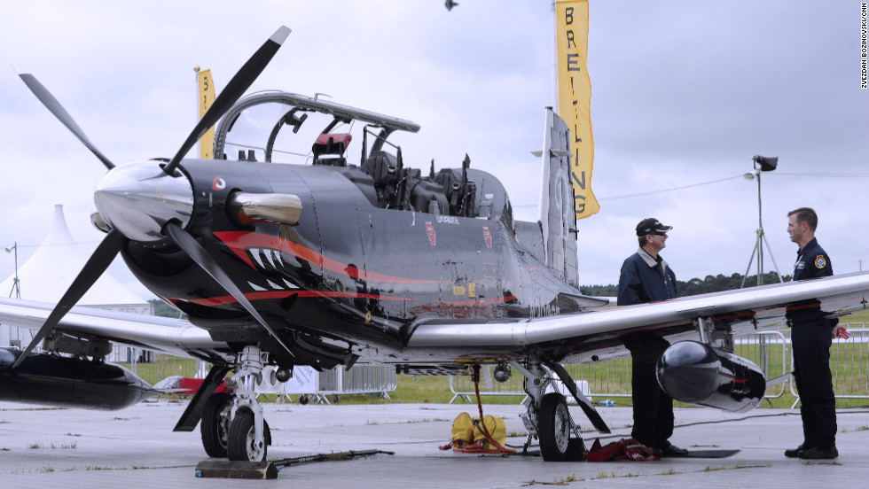 Breitling is at the airshow in Farnborough this week with aerobatic display troupes -- the Breitling Jet Team and the Breitling Wingwalkers -- who will conduct flying displays over the heads of crowds below.