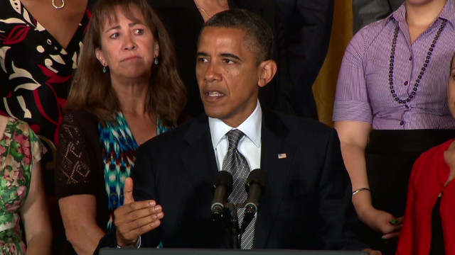 Obama vows tax breaks for middle class