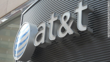 The AT&T logo is seen on June 2, 2010 in Washington DC.AFP PHOTO/Etienne FRANCHI (Photo credit should read Etienne FRANCHI/AFP/Getty Images)