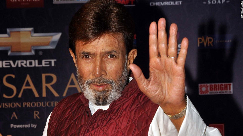 "Rajesh Khanna waves arrives for the ""7th Apsara Awards"" during the ceremony in Mumbai, India, on January 25. Khanna's death was anounced Wednesday by his son-in-law, Akshay Kumar. He was 69."