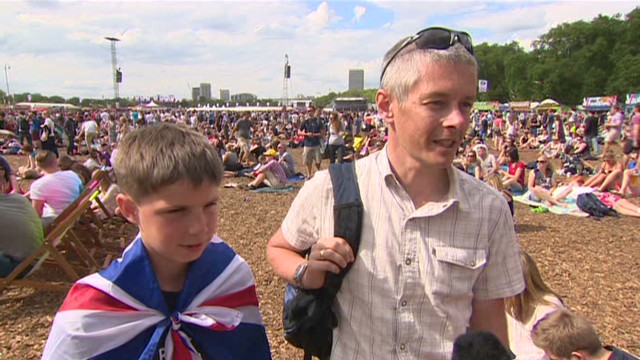 London Fan Zone packed for Olympic start