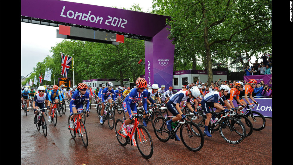 Cyclists at the start of the women's road race event.