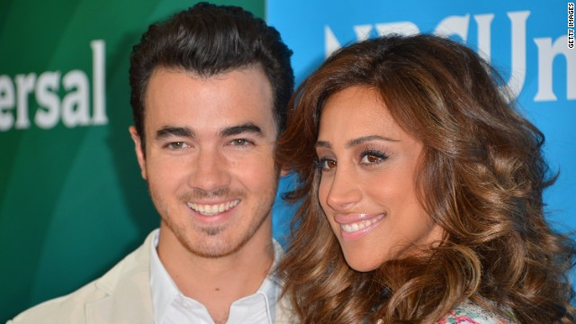 Singer Kevin Jonas and wife Danielle Jonas say they are expecting their first child.