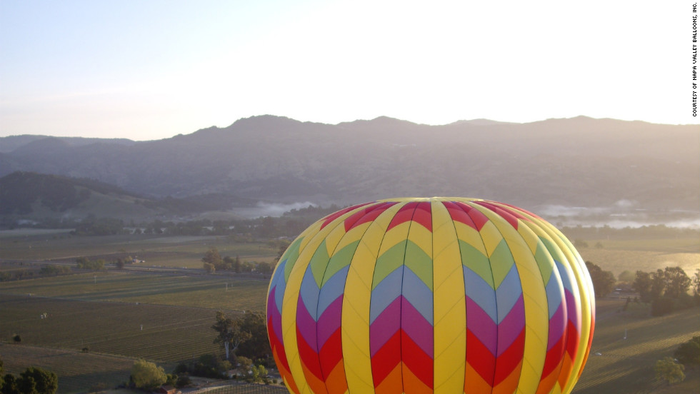 Tea? Juice? Pastry? Champagne? Napa Valley Balloons does California wine country justice by adding limo wine tours, winery explorations and fine dining to its ballooning packages.