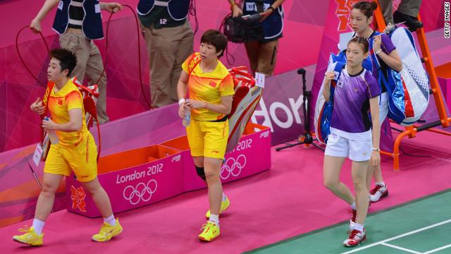 Wang Xiaoli and Yang Yu of China and Ha Na Kim and Kyung Eun Jung of South Korea at the London 2012 Games on July 31.