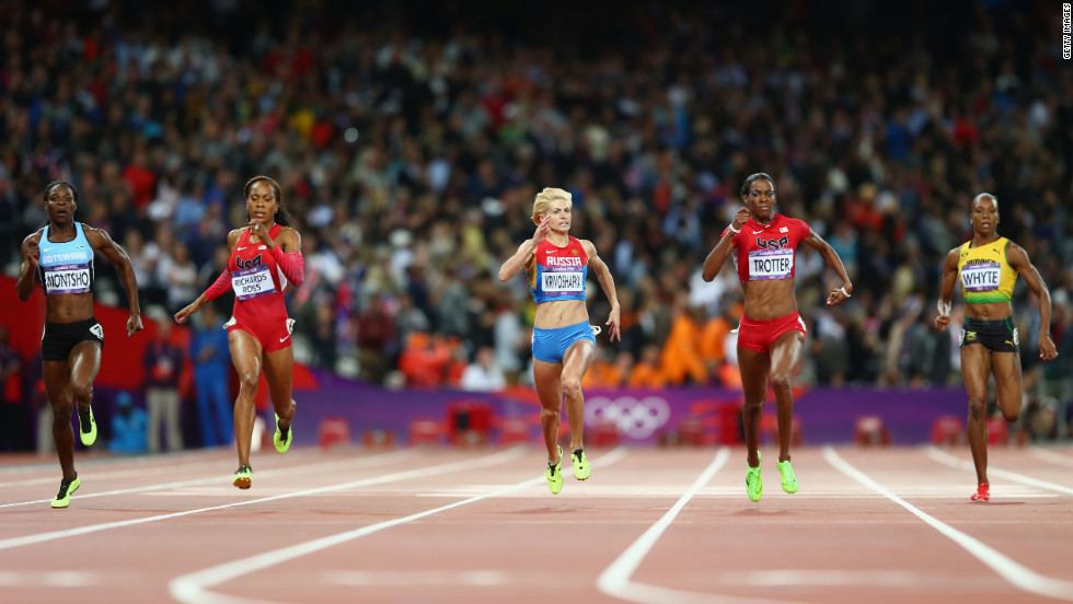 From left, Amantle Montsho of Botswana, Richards-Ross, Antonina Krivoshapka of Russia, Trotter and Rosemarie Whyte of Jamaica run the 400-meter final Sunday.