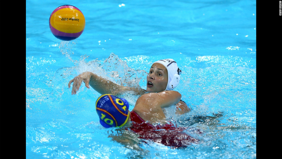 Ona Meseguer Flaque of Spain defends in the women's water polo semifinal match between Spain and Hungary.