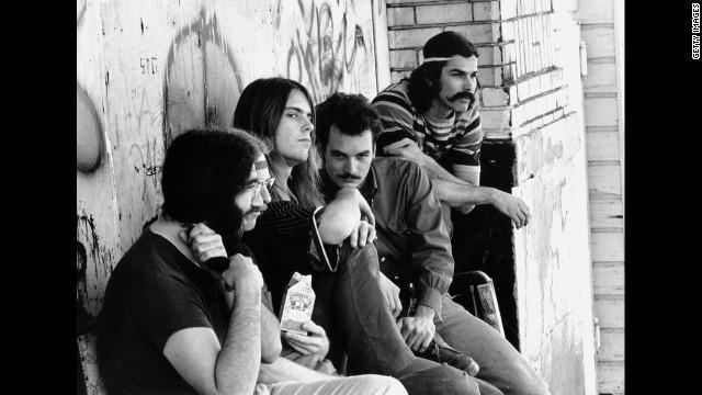Grateful Dead: Together, more or less in line.