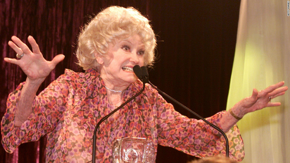 "Diller receives a ""Lucy"" in 2000 at Women in Film's 7th annual Lucy Awards for Innovation in Television in Beverly Hills, California."