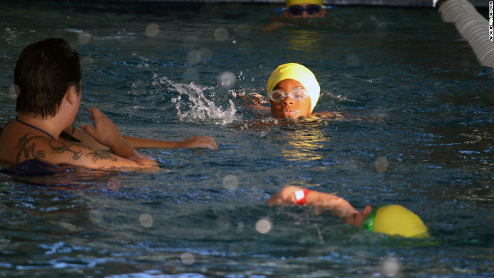 Jonah Jennings, 5, keeps her head up while powering through the 100-yard swim.