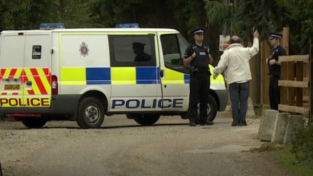'Lion' hunt called off in UK