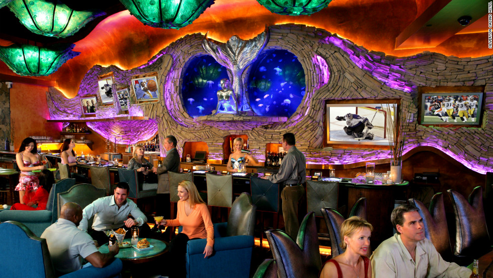 Fish and mermaids coexist in this Las Vegas lounge.