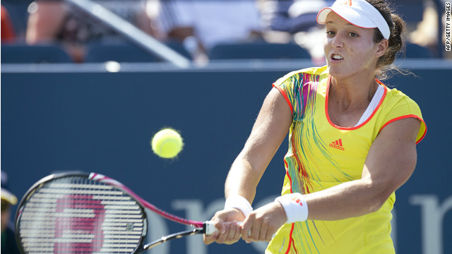 Britain's Laura Robson beat China's Li Na on Friday to set up a last-16 clash with defending champion Samantha Stosur