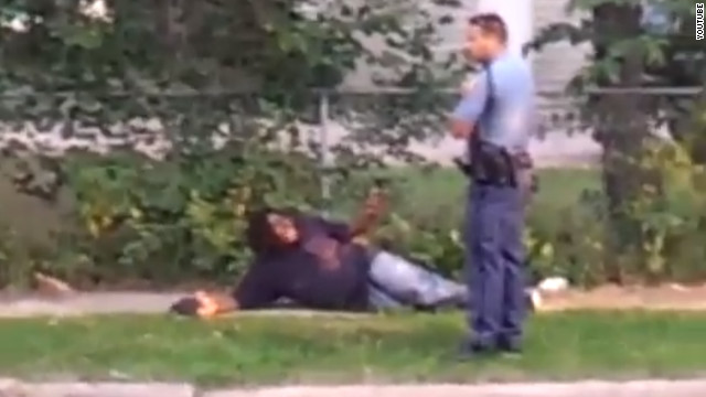Video shows officer kicking suspect