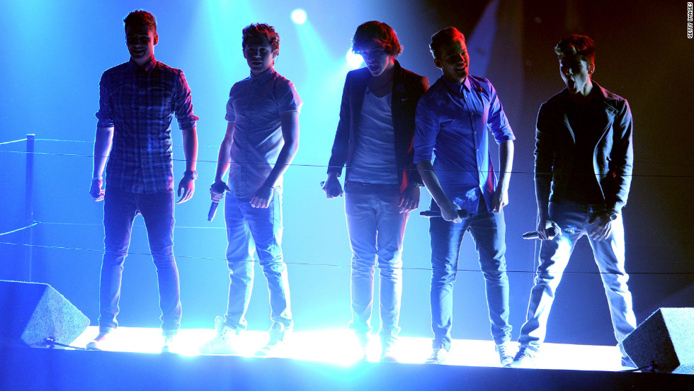 "One Direction singers, from left, Liam Payne, Niall Horan, Harry Styles, Louis Tomlinson and Zayn Malik perform ""One Thing"" on Thursday night."