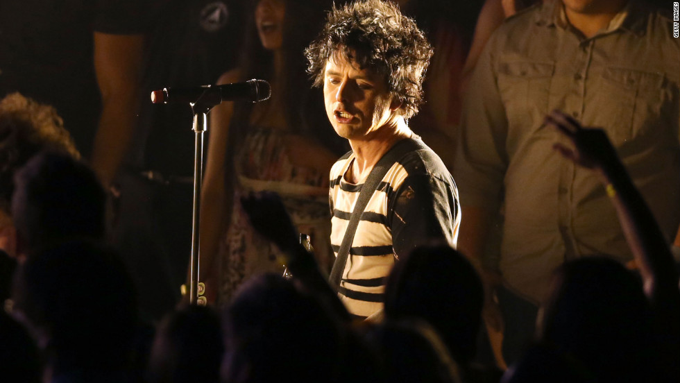 "Recently sidelined by illness, Green Day lead singer Billy Joe Armstrong performs ""Let Yourself Go."""
