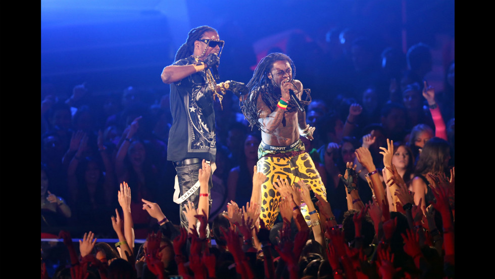 Rappers Two Chains and Lil Wayne team up Thursday night.