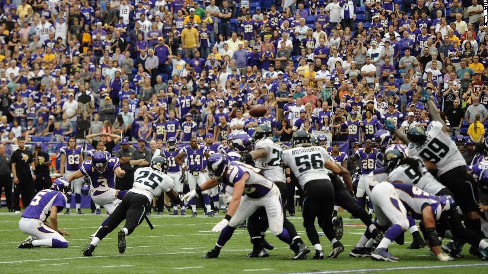 No. 3 Blair Walsh of the Minnesota Vikings kicks a field goal against the Jacksonville Jaguars during overtime on Sunday.
