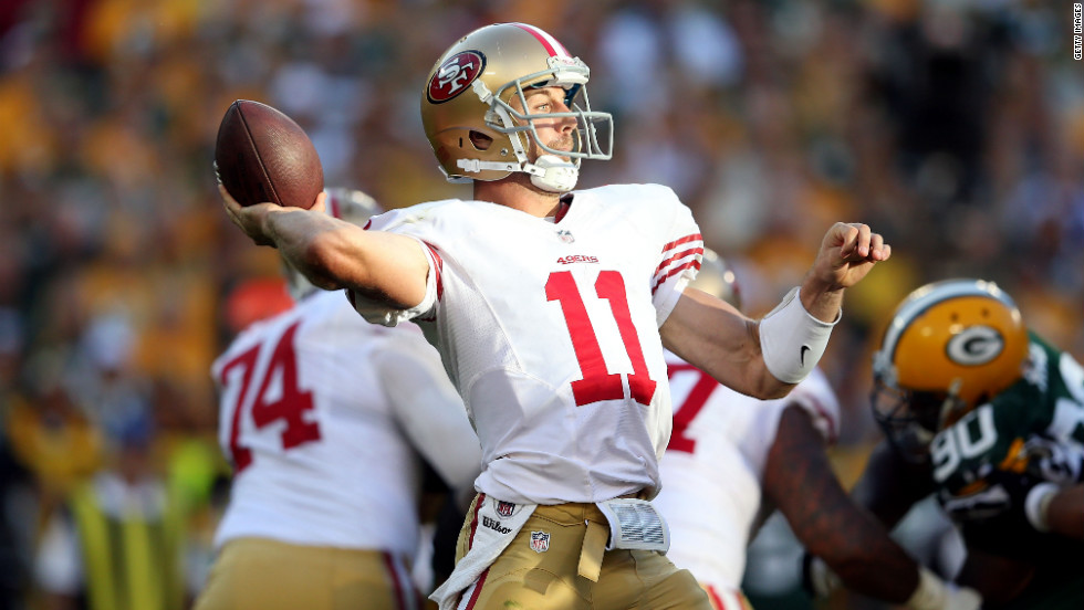 No.11 Alex Smith of the San Francisco 49ers throws a pass during the NFL season opener against the Green Bay Packers on Sunday.
