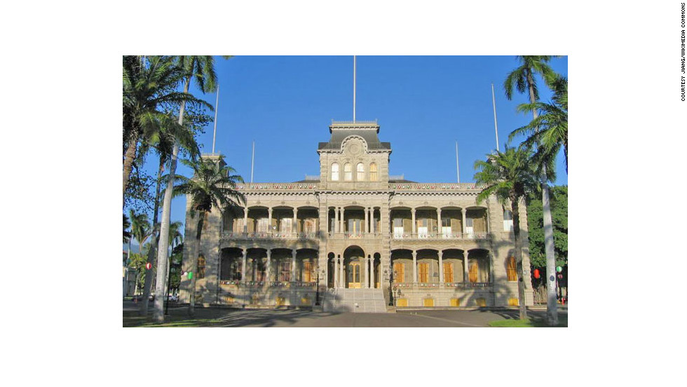 "America's only true palace—as in, royalty resided here—was built from 1879 to 1882 in Honolulu by King Kalakua and Queen Kapi'olani. <a href=""http://www.budgettravel.com/slideshow/photos-12-amazing-american-castles,8851/"" target=""_blank"">See more photos of the castles</a>"