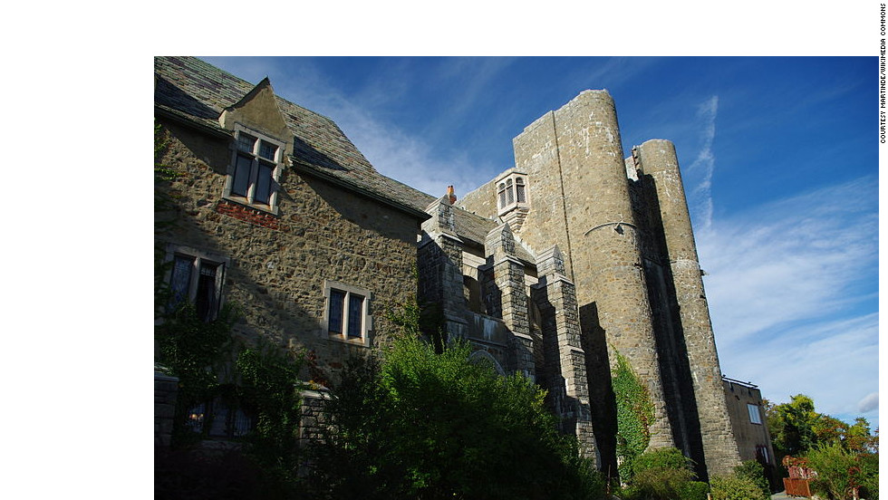 "Hammond Castle in Gloucester, Massachusetts, served as both home and laboratory for prolific inventor John Hayes Hammond Jr. after it was completed in 1929. <a href=""http://www.budgettravel.com/slideshow/photos-12-amazing-american-castles,8851/"" target=""_blank"">See more photos of the castles</a>"