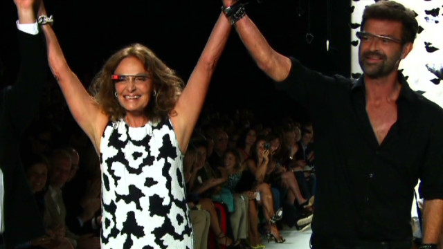 exp Fashion Backstage Pass DVF_00030801