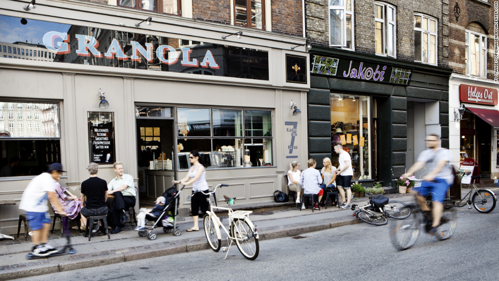 Vaernedamsvej is a small street in Vesterbro and Frederiksberg lined with trendy shops and restaurants.