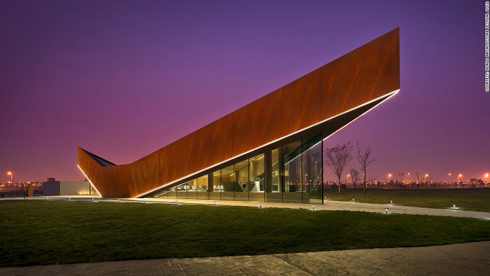 Since its construction in 2011, the Triple V Gallery has become an icon along the Dong Jiang Bay coastline in Tianjin China. The pointy pavilion houses a tourist information center, a permanent show gallery and a discussion lounge. <br /><em>Designed by: Ministry of Design, Singapore</em>