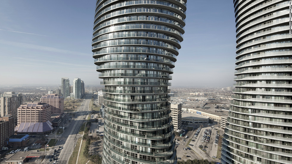 Absolute World's two twisted towers stand at 176 meters (577 feet) and 158 meters (518 feet) tall.