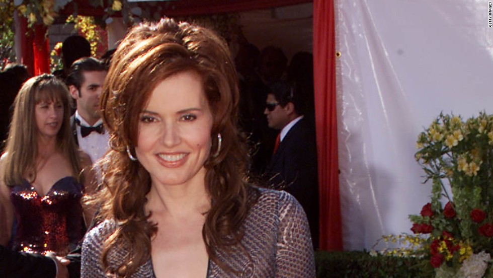 The form-fitting gown Geena Davis wore in 2000 wouldn't have been so bad if it weren't for that hideous print ... and the fact that it was completely see-through.