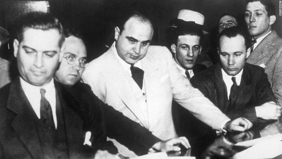"According to Sullivan, Capone played with stakes of $500 a hole and often played with fellow gangsters ""Machine Gun"" Jack McGurn, Fred ""The Killer"" Burke and Jake ""Greasy Thumb"" Guzik."
