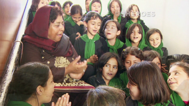 Top 10 CNN Hero: Razia Jan