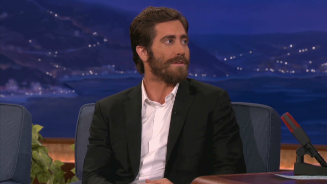 Jake Gyllenhaal gets in shape