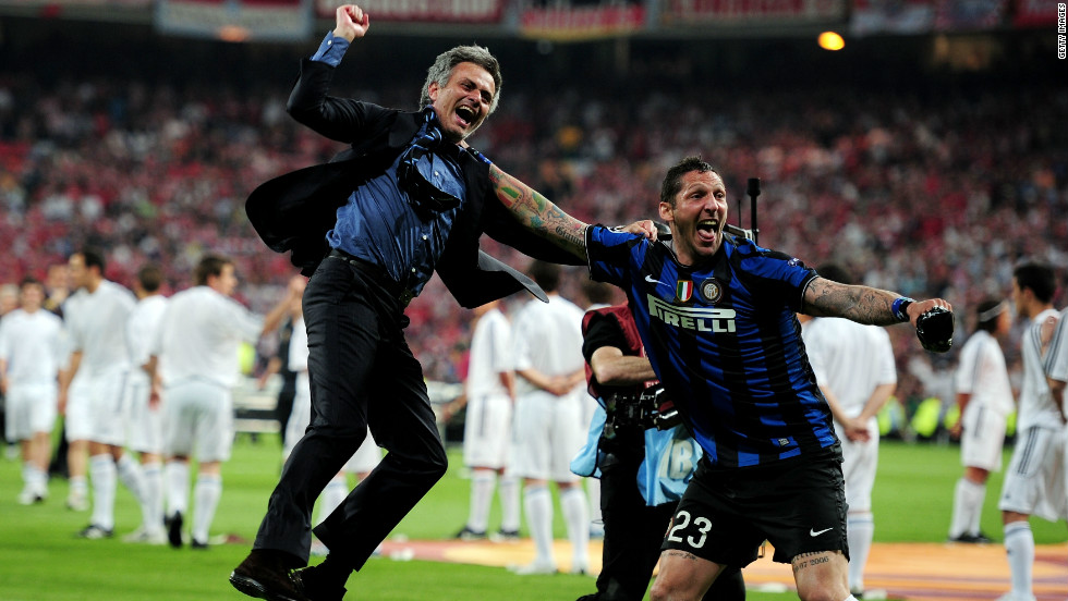 Mourinho celebrates Inter's Champions League success with Marco Materazzi. Despite making limited appearances under Mourinho, the defender was pictured in tears when he left, evidence of the strong bond the coach forms with his squad, according to a former player of his, Freddy.