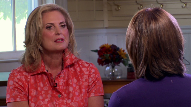 Ann Romney: Mitt writes 'Dad' before debates
