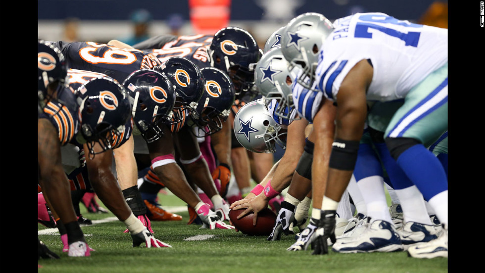 The Cowboys line up against the Bears on Monday night.