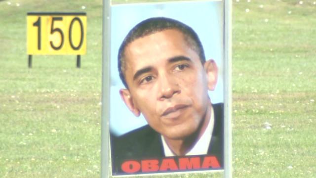 Golfers aim at Obama, Romney targets