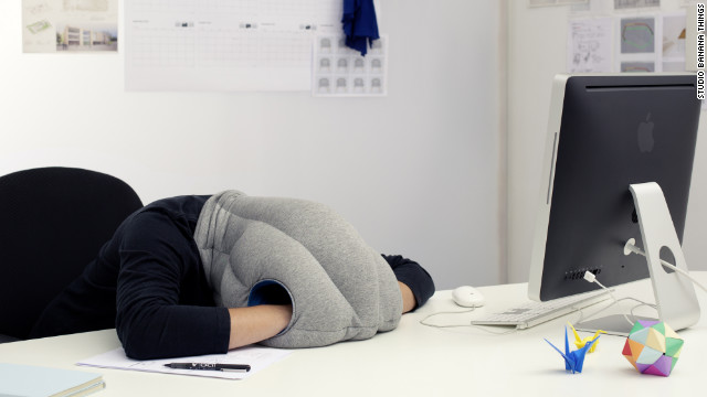 The Ostrich Pillow has raised more than $130,000 on Kickstarter. It looks like this. That is all.
