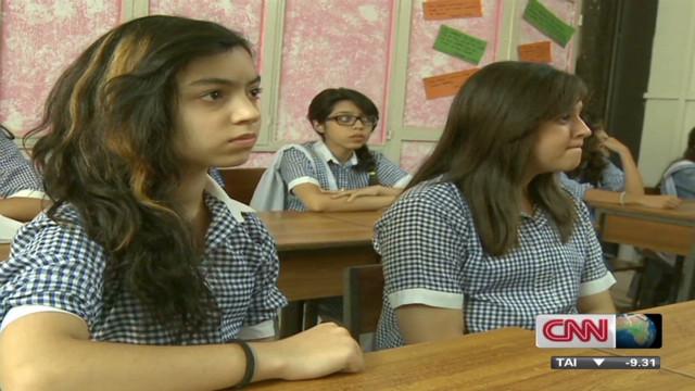 Activist 'inspires Pakistan students'